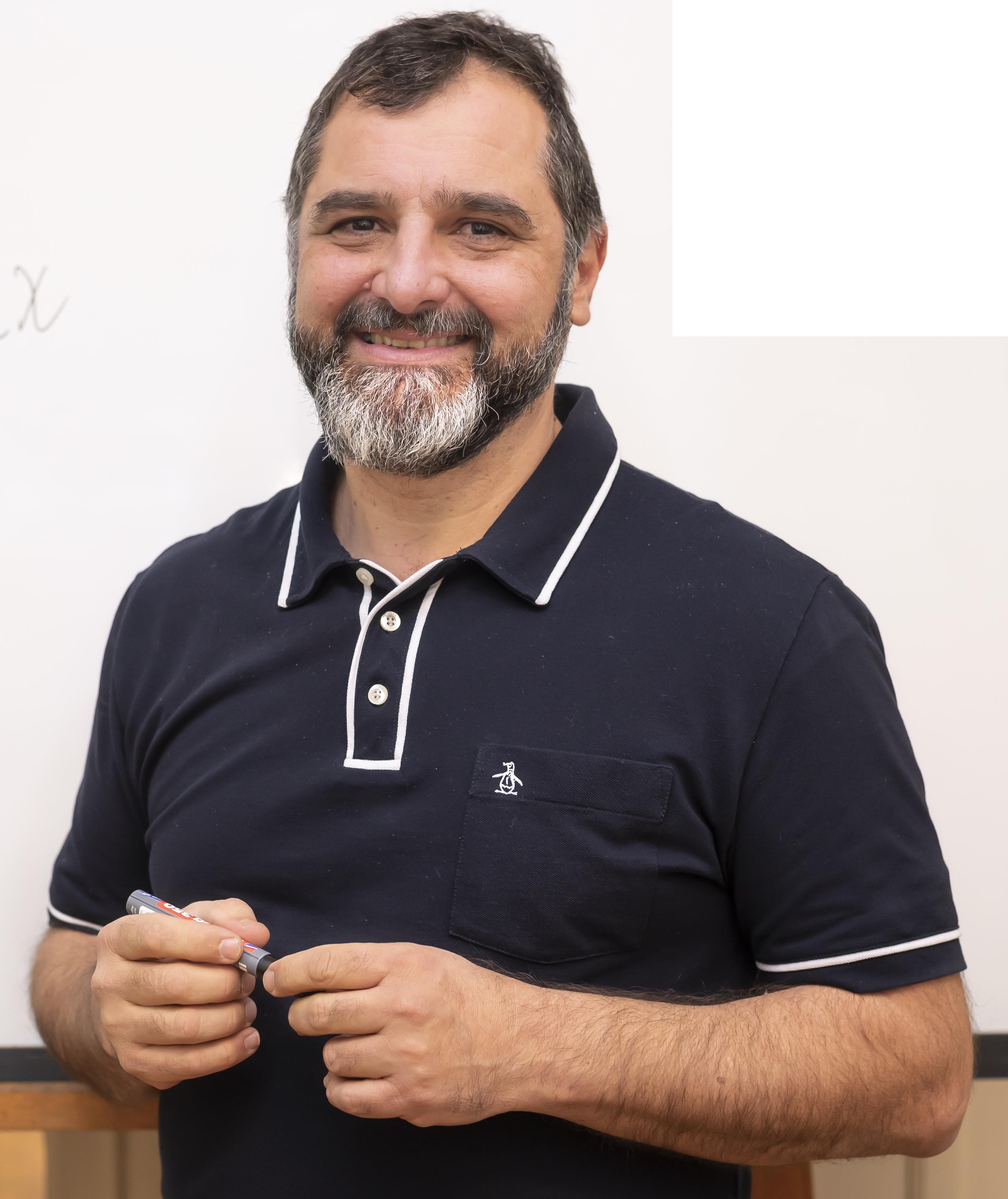 Fabián Ampalio, CEO CLA Instituto Linux