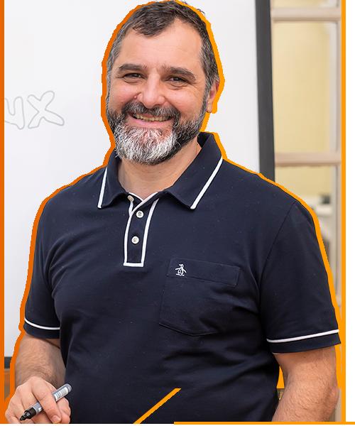 Fabian Ampalio - CEO de CLA Aulas Virtuales y CLA Instituto Linux